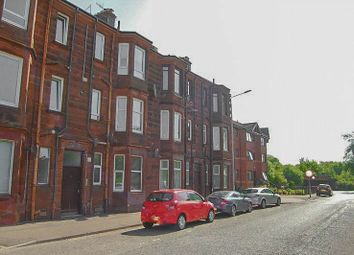 Thumbnail 3 bedroom flat to rent in Castlegreen Street, Dumbarton