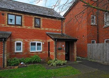 1 bed maisonette to rent in Phoebe Court, Reading RG1