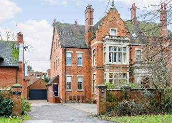 Thumbnail 4 bed town house for sale in Beverley Road, Leamington Spa, Warwickshire
