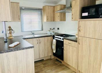 Thumbnail 2 bedroom mobile/park home for sale in Cliffe Country Lodges, Cliffe Common, Selby