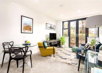 Thumbnail 2 bed flat for sale in Flat 4, Wyndham Road, Salisbury