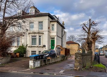 2 bed flat for sale in Ordnance Road, Enfield EN3