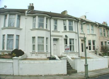Thumbnail 4 bedroom flat to rent in Princes Crescent, Brighton