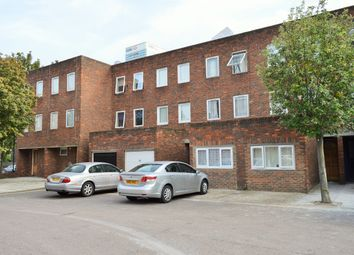 Thumbnail 5 bed town house to rent in Saltwell Street, East India, London