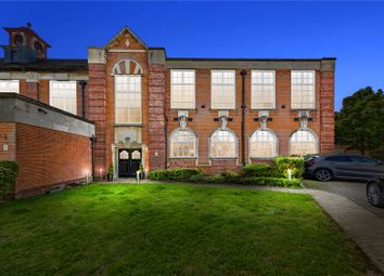 Academy Square, Academy Fields Road, Gidea Park, Essex RM2. 2 bed flat