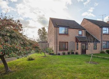 Thumbnail 5 bedroom link-detached house for sale in Brookside, Calcot, Reading