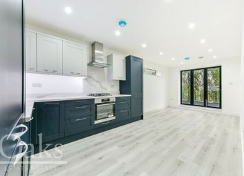 Thumbnail 3 bed flat for sale in More Close, Purley