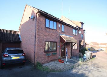 Thumbnail 2 bed property to rent in Hallowell Down, South Woodham Ferrers, Chelmsford