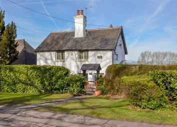 Thumbnail 3 bed detached house for sale in Daws Heath Road, Benfleet, Essex
