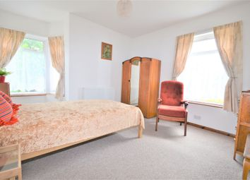 Thumbnail 4 bed flat to rent in Braid Avenue, Acton