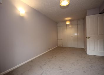 Thumbnail Studio to rent in Anderson Close, North Acton
