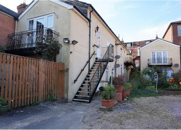 2 bed flat to let in 47 East Street
