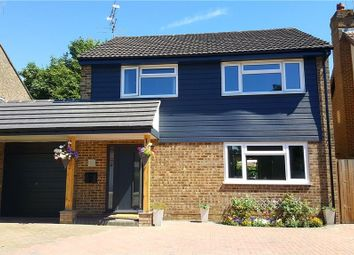 Thumbnail 4 bed detached house to rent in Gibbons Close, Sandhurst