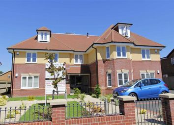 Thumbnail 3 bed flat for sale in Mount Avenue, New Milton