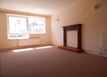 Thumbnail 2 bedroom flat to rent in Kings Avenue, Eastbourne