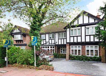 Thumbnail 2 bed flat to rent in West Heath Road, Hampstead