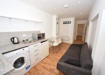 Thumbnail 1 bed flat to rent in Foscote Road, Hendon