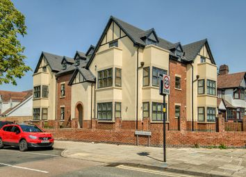 Edgbaston Road, Moseley, Birmingham B12. 2 bed flat for sale
