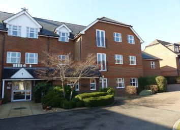 Thumbnail 2 bedroom flat for sale in Dean Street, Marlow