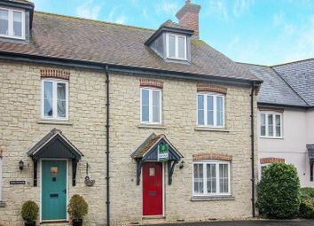Thumbnail 3 bed town house for sale in Walnut Road, Mere, Warminster