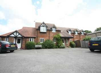 Thumbnail 2 bedroom flat for sale in Park Court, Thame, Oxfordshire