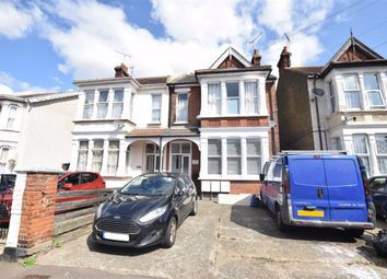 Thumbnail 2 bed flat for sale in 11 Kilworth Avenue, Southend-On-Sea, Essex