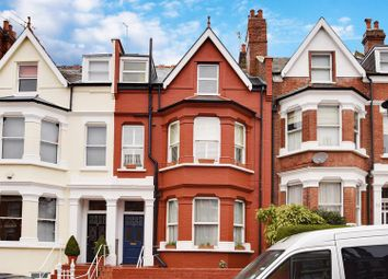Thumbnail 1 bed flat to rent in Lyncroft Gardens, London