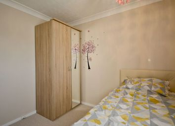 Thumbnail Room to rent in Peregrine Close, Easthampstead, Bracknell