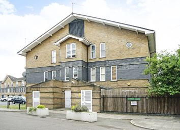 Thumbnail 2 bed flat for sale in Leabank Square, Hackney Wick