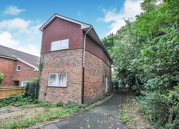 Thumbnail 3 bed detached house to rent in Claremont Road, Swanley