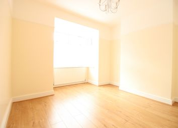 Thumbnail 1 bed flat to rent in Bredgar Road, Archway