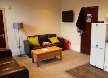 Thumbnail 4 bedroom flat to rent in Flat 1/R 94 Commercial Street, Dundee