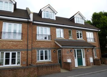 Thumbnail 2 bed flat to rent in Brunel House, Haslemere