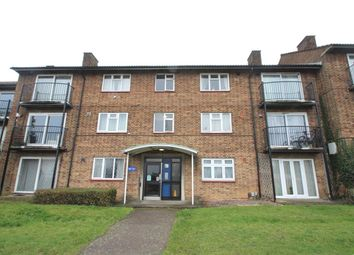 Thumbnail 2 bed flat to rent in Bennetts End Road, Hemel Hempstead