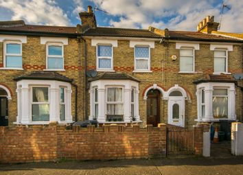 Thumbnail 2 bed flat to rent in Hurlstone Road, London