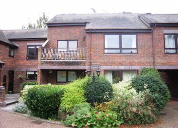 Thumbnail 2 bed flat to rent in Marlow Bridge Lane, Marlow