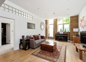 Thumbnail 2 bed flat for sale in Empire Square, London