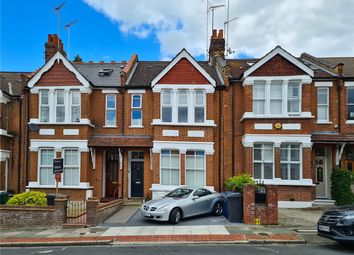 3 bed flat to rent in Elm Park Road, Finchley, London N3