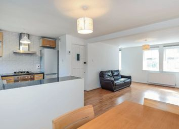 Thumbnail 2 bed flat for sale in Oakleigh Road South, London