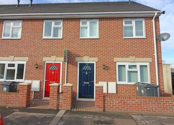 Thumbnail 3 bed town house to rent in Clifton Road, Darlington