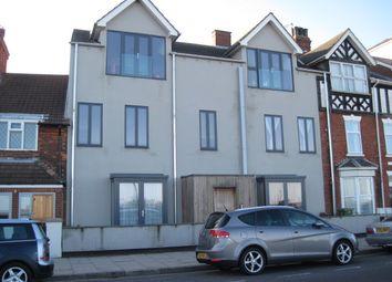 Thumbnail 1 bedroom flat to rent in Kingsway, Cleethorpes