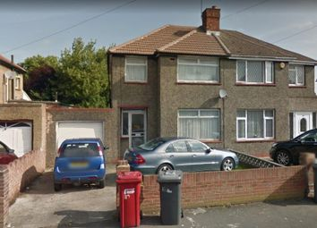 Thumbnail 2 bedroom shared accommodation to rent in Kendal Drive, Slough