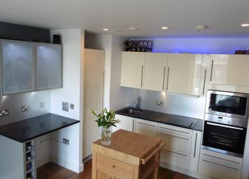 Thumbnail 2 bed flat to rent in The Hayes, City Centre, Cardiff