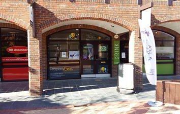 Thumbnail Retail premises to let in 16 Shamrock Way, Hythe Marina Village, Southampton, Hampshire