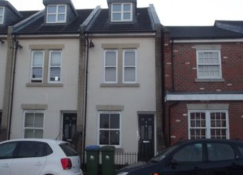 3 bed property to rent in Dover Street, Southampton SO14