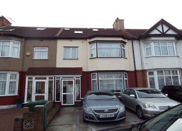 Thumbnail 4 Bed Property To Rent In Glenham Drive Ilford