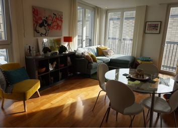 2 bed flat to rent in The Hayes, Cardiff CF10