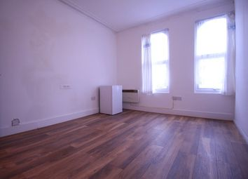 Thumbnail Studio to rent in Parchmore Road, Thornton Heath, Surrey