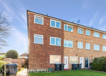 May Close, Chessington KT9. 2 bed maisonette for sale