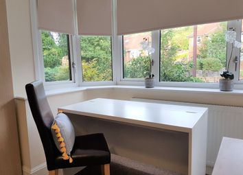 Thumbnail Room to rent in Desborough Avenue, High Wycombe